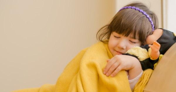 Cuidado! Edredom sujo pode causar alergia; veja como manter a ...