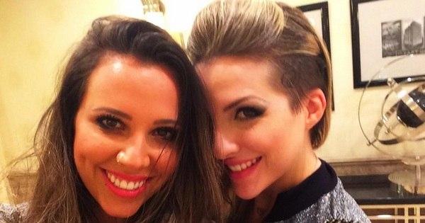 """Assessoria nega namoro de Angelis e Clara: """"Foi só um selinho ..."""