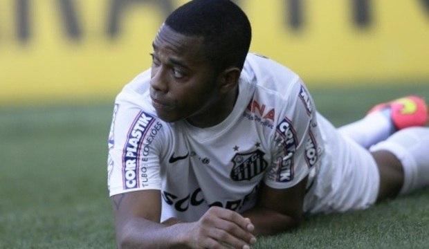 """Convocado por Dunga, """"vovô"""" Robinho quer a Copa"""