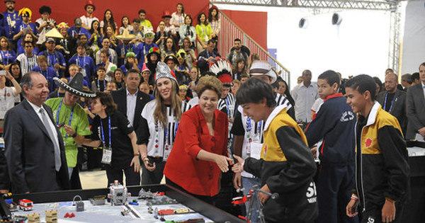 Olimpíada do Conhecimento constrói alicerce para o futuro, diz Dilma