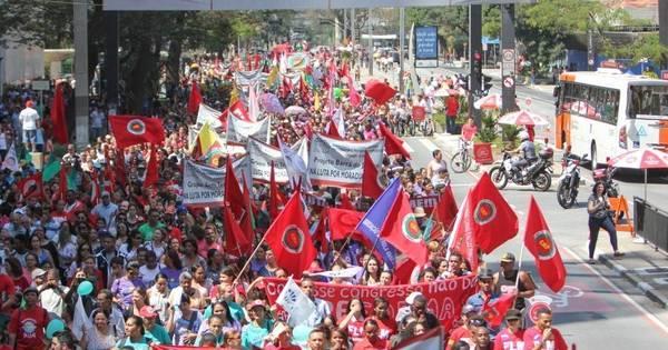 Grito dos Excluídos faz passeata na região da Paulista - Notícias ...