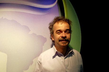 Candidato ao governo de Minas, Fidélis defende desmilitarização e investimentos para educação