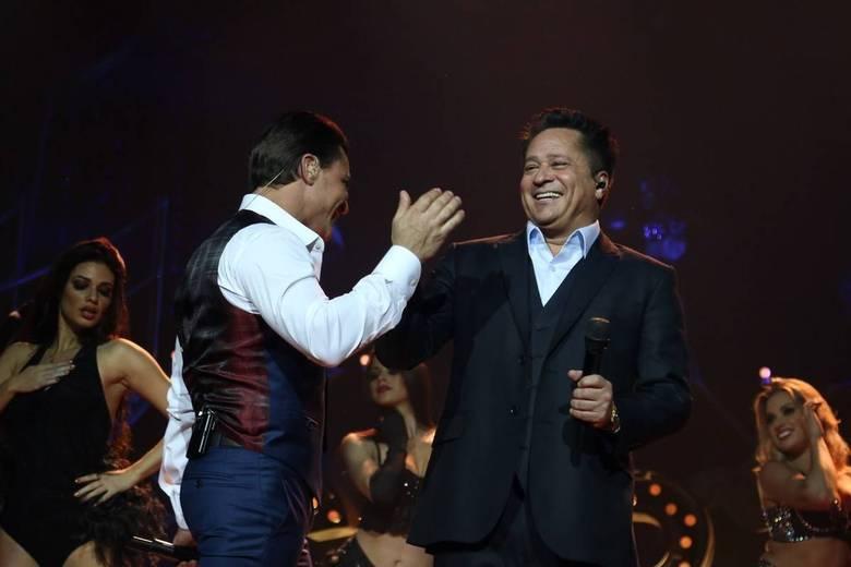 Dividindo o palco, os dois armaram uma grande festa do sertanejo