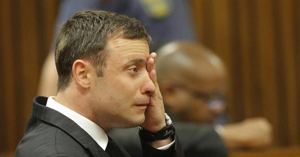 Juíza diz que Pistorius não premeditou assassinato de namorada ...