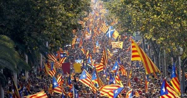 Espanha ameaça suspender autonomia da Catalunha - Notícias ...