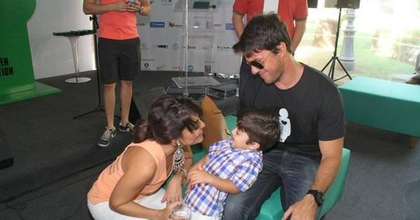 Juliana Paes se diverte com o filho Pedro em evento de ...
