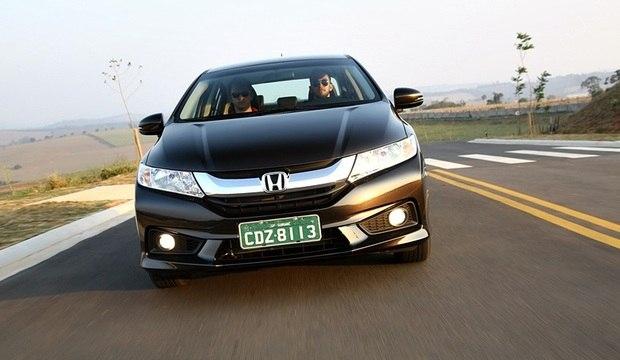 Novo Honda City cresceu, ficou com 'cara de Civic' e cobra caro por isso