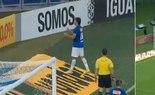 Cruzeiro vence e se beneficia de derrota do São Paulo
