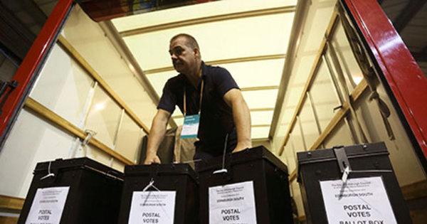 """Pesquisa de boca de urna dá vitória ao """"não"""" com 54% dos votos ..."""