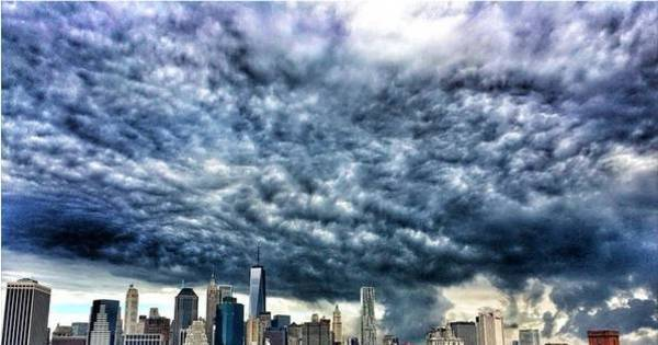 Bonito ou assustador? Nuvens estranhas surpreendem moradores ...