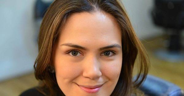 Repórter Juliana Avanço dá três dicas para deixar sua make mais ...