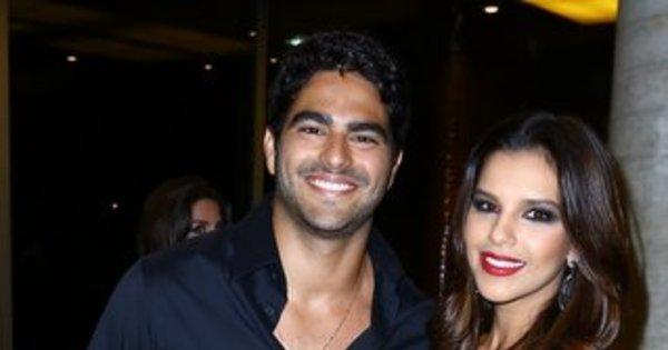 Com look poderoso, Mariana Rios exibe namorado bonitão no Rio ...
