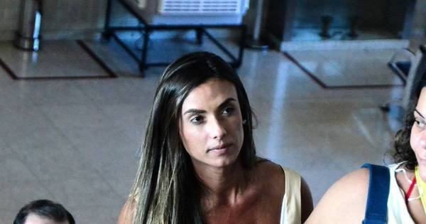 Após barraco, Nicole Bahls fala sobre briga com Dani Bolina ...