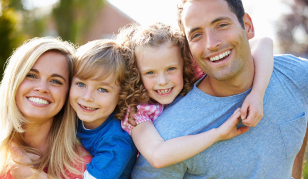 Família unida! Saiba como não deixar o cuidado com os filhos esfriar a relação