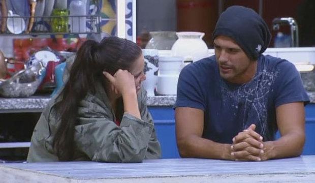 Mas, já? Débora Lyra e Marlos Cruz pensam na rotina do casamento