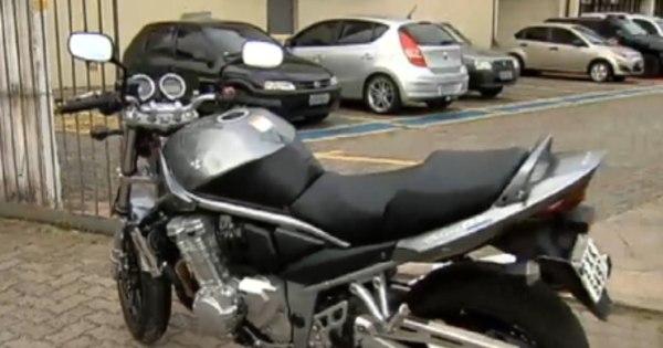 Dois irmãos são presos suspeitos de roubar 30 motos de luxo em ...