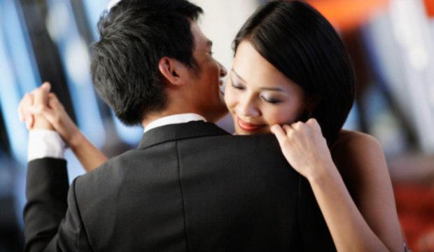 Dançar reaproxima o casal e aumenta o clima de sedução no relacionamento