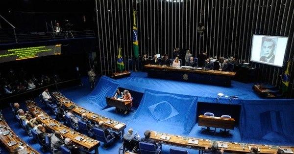 Senado aprova MP 676 com novas regras para aposentadoria ...