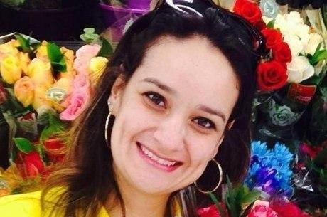 Polícia prende suspeitos de matar empresária na frente dos filhos