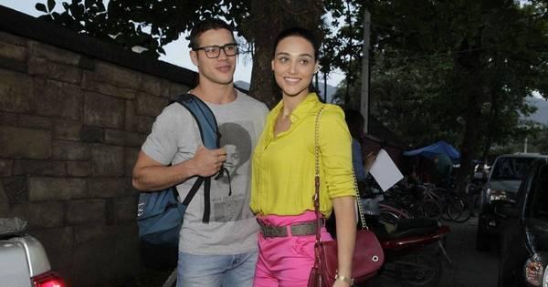Débora Nascimento e José Loreto vão à festa de novela no Rio ...