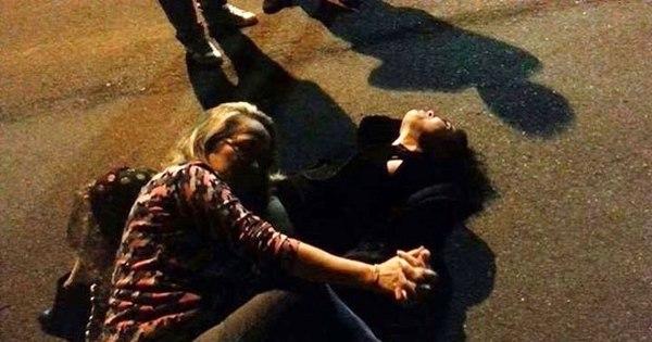 Fãs criam evento no Facebook para deitar no chão com Leticia ...