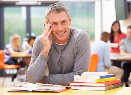 Por que é importante investir em cursos de especialização? Descubra