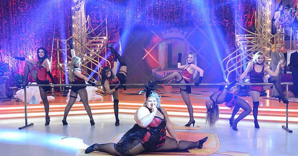 Com looks provocantes, Thaís Carla e bailarinas surpreendem ao ...