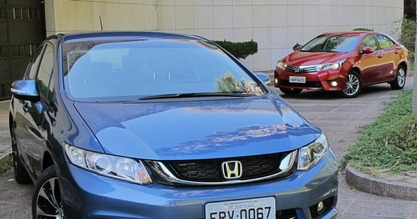 Comparativo: novos Civic e Corolla acertam as contas - Notícias ...