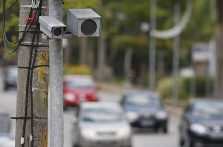 Até o fim do ano, 43 mil multas de trânsito devem ser ...