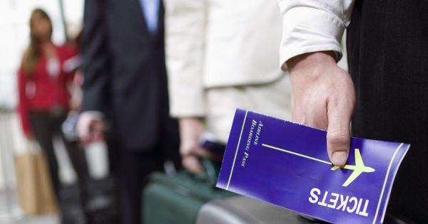 Preço de passagem aérea cairá com fim da franquia de bagagem ...