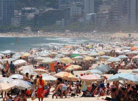 Próximo verão no Brasil promete ser um dos mais insuportáveis