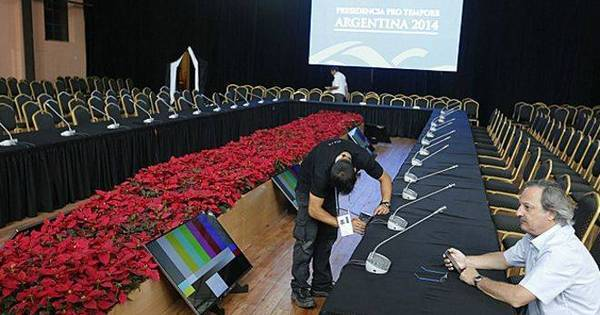 Brasil assume presidência prometendo 'agitar' Mercosul - Notícias ...