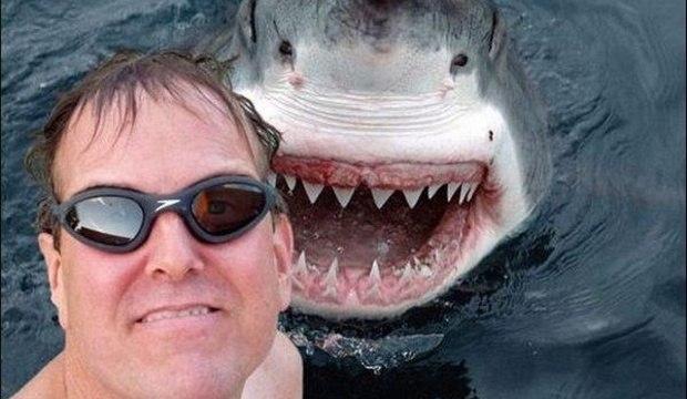 Relembre as 40 piores selfies de 2014 em uma aula de como não usar a câmera do seu celular