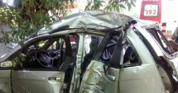 Bebê de um ano morre em batida de carro em árvore no norte de ... - R7