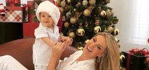 Celebridades desejam feliz Natal com fotos divertidas nas redes sociais