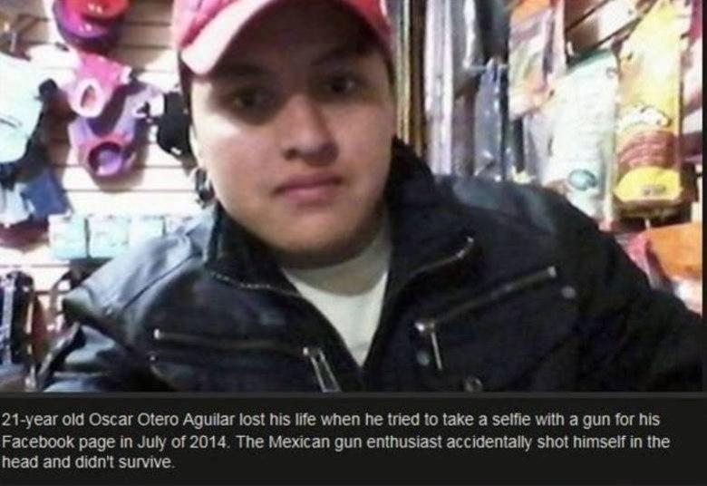 Oscar Otero Aguilar também bateu as botas tentando tirar a selfie mais bonita do mundo pra postar no Facebook. Ele foi morto com um tiro na cabeça quando estava com dois amigos e tentava registrar o momento