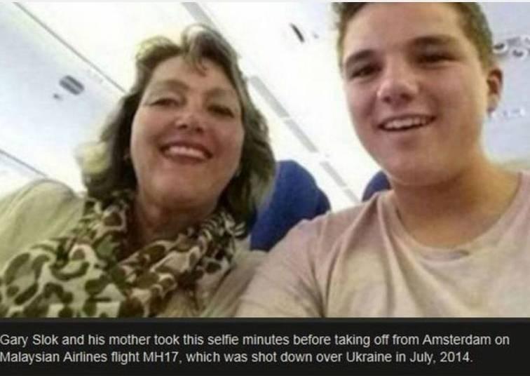 Mãe e filho também não se deram muito bem poucos minutos depois dessa selfie. Eles morreram em uma tragédia! Minutos depois da foto o avião do voo MH17, da Malaysia Airlines, despencou!