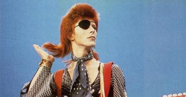 Cantor David Bowie morre aos 69 anos - Entretenimento - R7 Pop