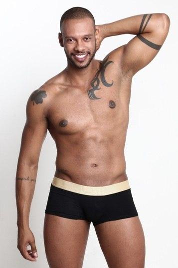 O servidor público Victor Smart é candidato pela cidade de Brazlândia. O concorrente ao título de mais bonito do DF tem 1,81 de altura e 25 anos