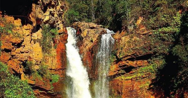 Confira as cachoeiras mais próximas de BH para curtir o verão ...