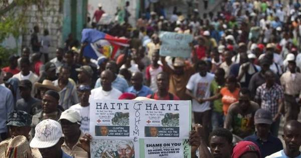 Onda de violência faz Haiti adiar eleições presidenciais - Notícias ...