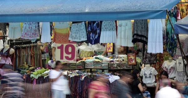 Confiança do comércio sobe em novembro e interrompe série de ...