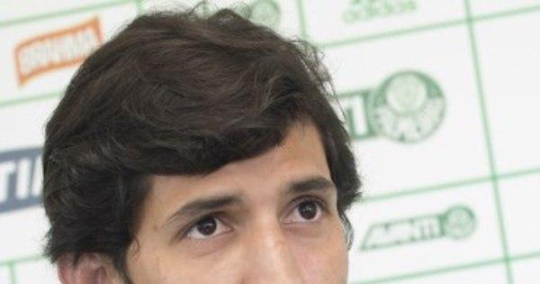 Ex de Nicole Bahls, zagueiro galã do Palmeiras terá trabalho para ...