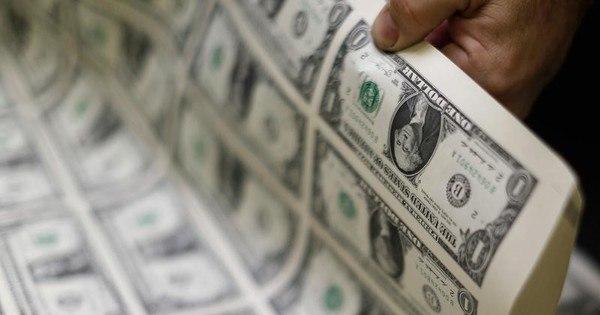 Dólar perde fôlego e recua ante o real após abrir com forte alta ...