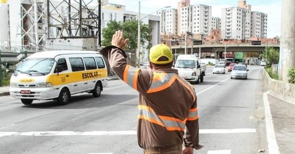 CET não tem competência para aplicar multas de trânsito, diz ...