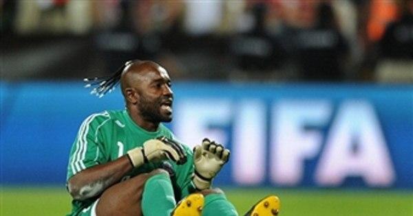 Goleiro carrasco do Inter no Mundial de Clubes, congolês Kidiaba ...