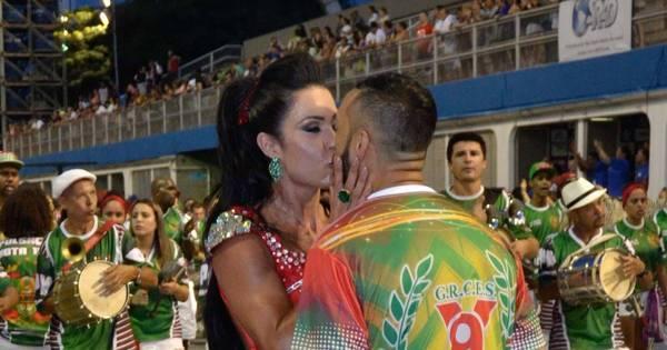 Belo e Gracyanne Barbosa arrasam em ensaio técnico da X9 ...