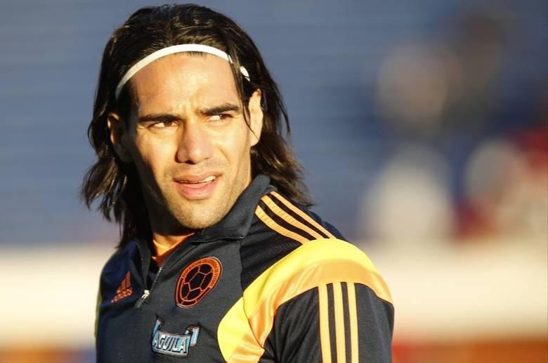 O jogador colombiano Radamel Falcao embolsa R$ 2,94 por segundo e foi o 15º atleta mais bem pago em 2014