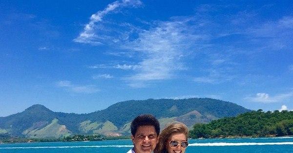 Espie! Cesar Filho curte ilha paradisíaca ao lado da mulher e filhos ...