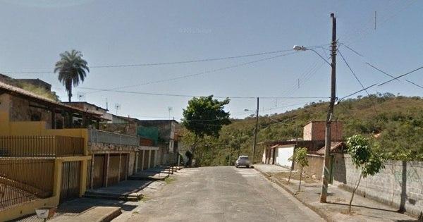 Homem é morto a tiros dentro de bar de Belo Horizonte - R7
